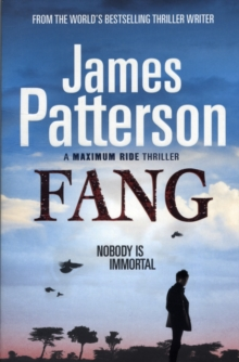 Maximum Ride: Fang : Dystopian Science Fiction, Paperback Book
