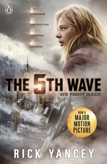 The 5th Wave (Book 1), Paperback Book