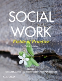 Social Work : Fields of Practice, Paperback / softback Book