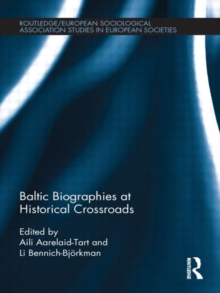 Baltic Biographies at Historical Crossroads, Hardback Book