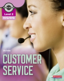 NVQ/SVQ Level 2 Customer Service Candidate Handbook, Paperback Book