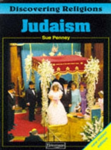 Discovering Religions: Judaism Core Student Book, Paperback Book
