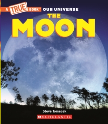 The Moon (A True Book), Paperback Book