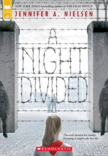A Night Divided (Scholastic Gold), Paperback Book