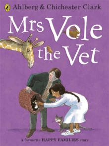 Mrs Vole the Vet, Paperback Book