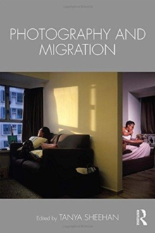 Photography and Migration, Paperback / softback Book