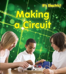 Making a Circuit, Paperback Book