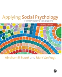 Applying Social Psychology : From Problems to Solutions, Paperback Book