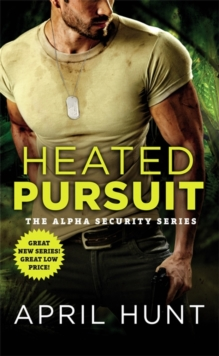 Heated Pursuit, Paperback / softback Book