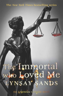 The Immortal Who Loved Me, Paperback Book