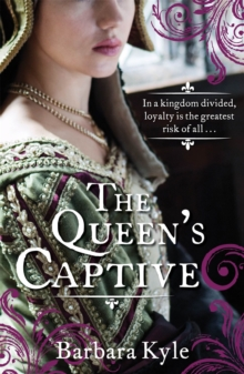 The Queen's Captive, Paperback Book