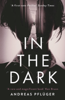 In the Dark, Paperback / softback Book