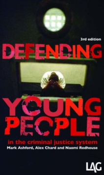 Defending Young People in the Criminal Justice System, Paperback Book
